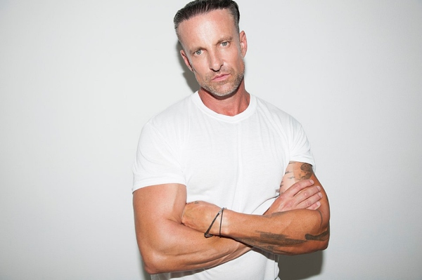 Daniel Powter Live at The Bee 29 June 2019