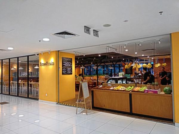 Breadfruits Cafe Taman Desa Review