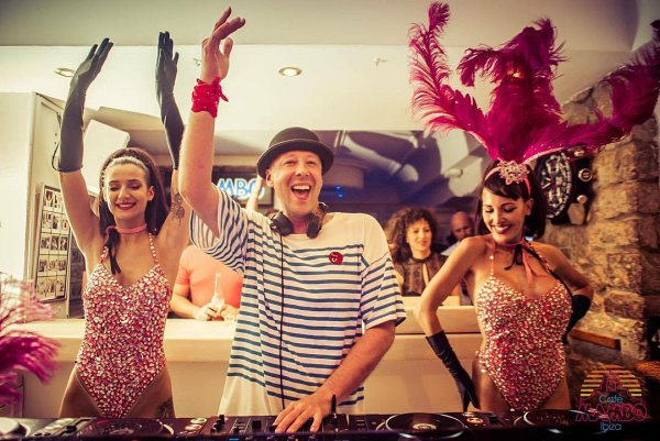 An Interview with Cafe Mambo, Ibiza resident DJ Erik Hagleton