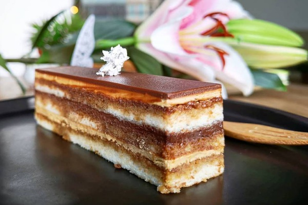 Dessert at 95 Degres Art Café for 8 Best Places for a Sweet Dessert Date in Kuala Lumpur 2018