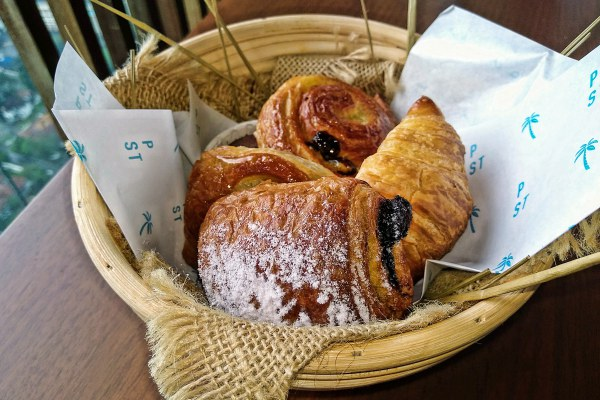Round off your weekend with Sunday Sessions at the Pacific Standard Bar with Pastries