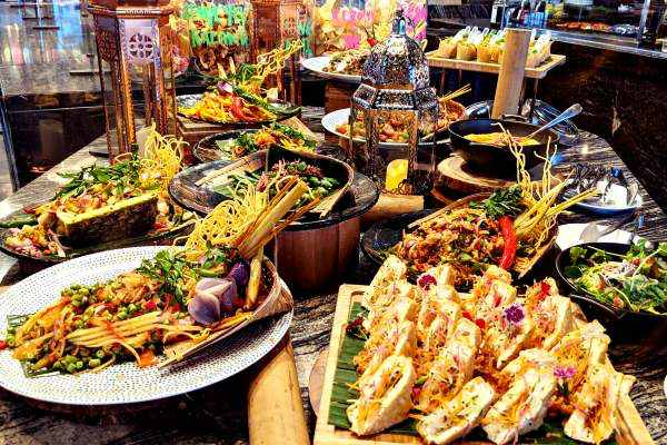 10 Best Ramadan Delivery & Dine in Options for Buka Puasa in KL 2021 - W Kuala Lumpur