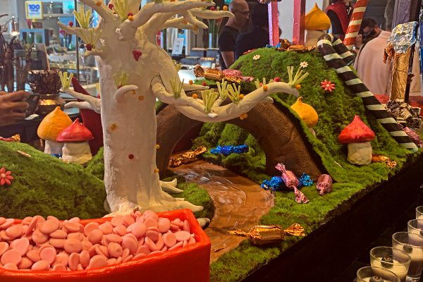 Vasco's buffet sinfully delights with Chocolate Factory during August at Hilton KL - Chocolate River