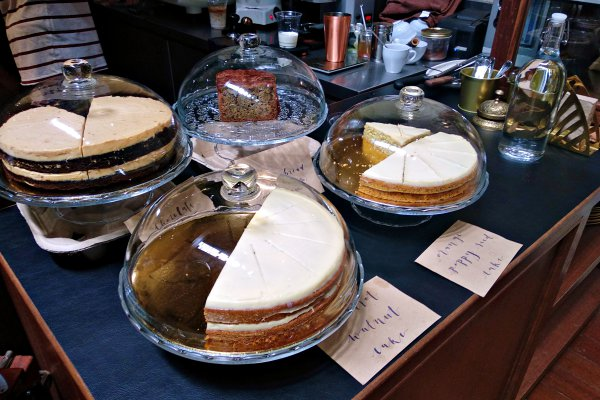 Jao Tim, Petaling Street, Coffee Shop Review - Cake selection
