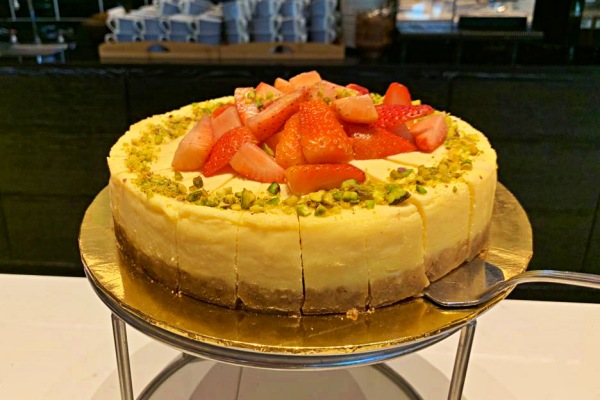 Sunday Buffet at Nipah EQ Kuala Lumpur is Simply Delicious - Cheescake