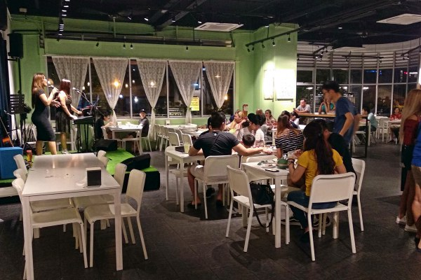 The Narra, Petaling Jaya, Filipino Resto Lounge Review - Inside with live band