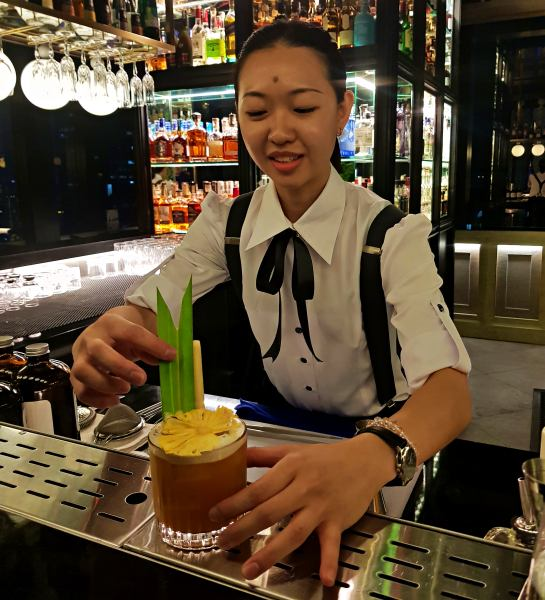 Glamorous Vogue Lounge Takes Fashion Dining to New Heights in KL - Jungle Fever cocktail with bartender